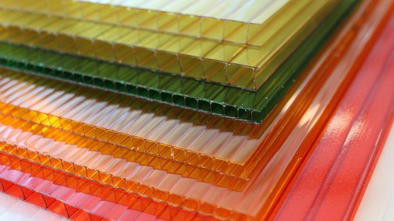 Serre polycarbonate, matériau plastique